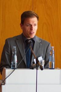 André Necke am Rednerpult